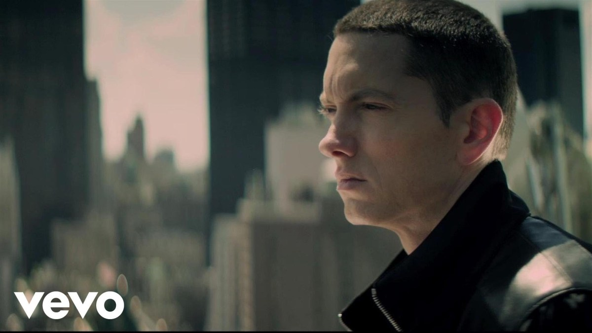 Eminem - Not Afraid - Music Video