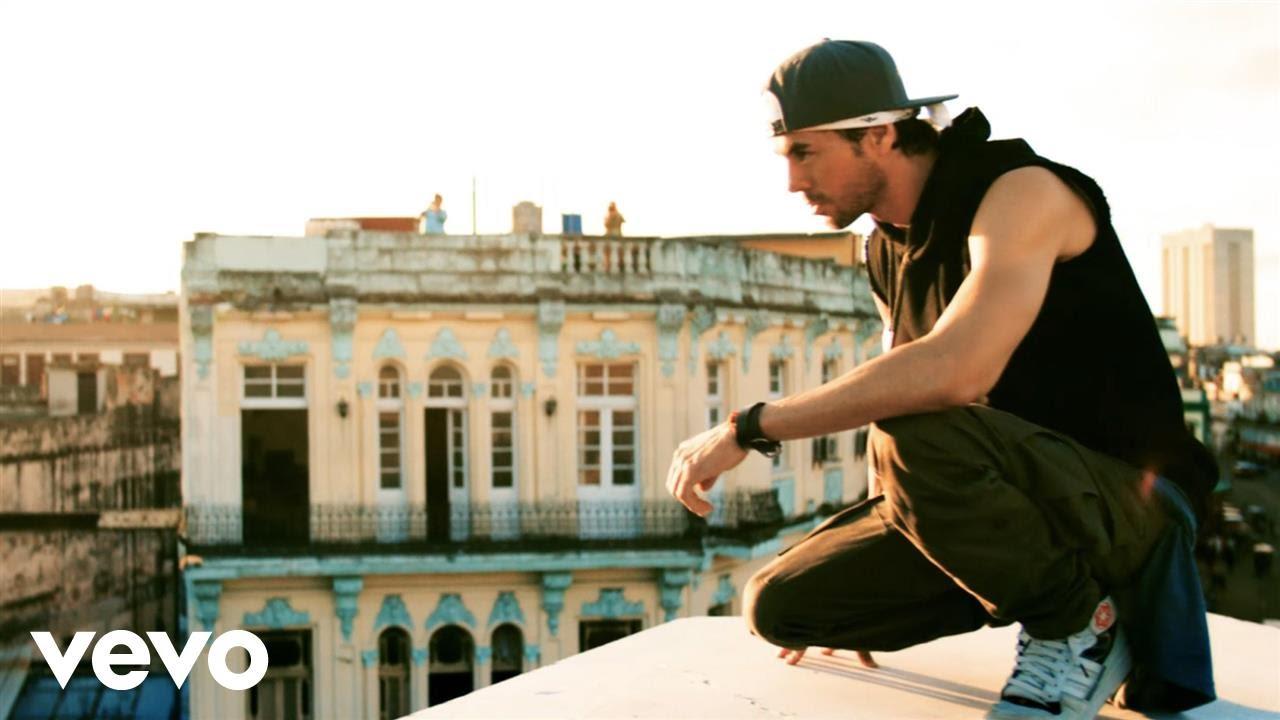 Enrique Iglesias – SUBEME LA RADIO ft. Descemer Bueno, Zion & Lennox – Music Video