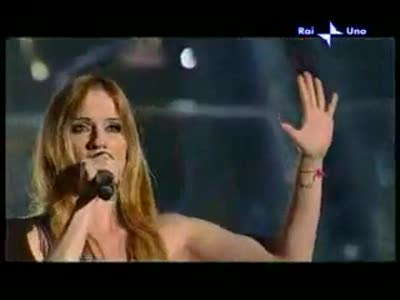 italy-listen-chiara-lezzi-53009