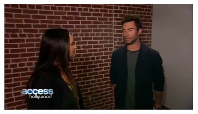 Adam Levine Talks about hosting SNL and The Voice with Hillary Scott_AccessHollywood