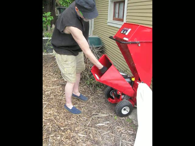 See how easy it is to use a Troy-Bilt Chipper/Shredder?