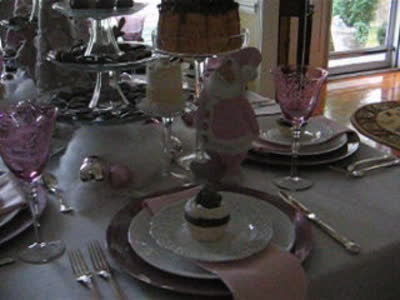 Tablescapes at Table Twenty-One, www.tabletwentyone.wordpress.com: Pink & Purple Chocolate Christmas