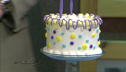 Studio 5    Blinging  Up Your Basic Birthday Cake To view this video  you need to download the latest version of Adobe Flash  Player