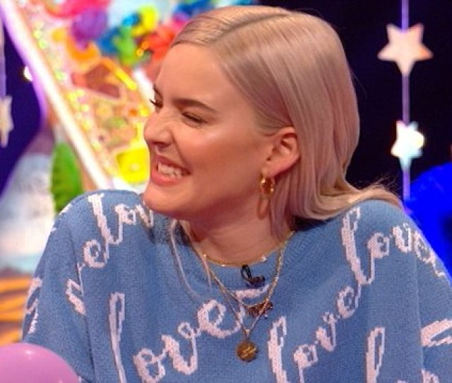 Anne Marie Revealed Ed Sheeran Bought Her A Dildo Https Metro Co Uk Video Video Anne Marie Revealed Ed Sheeran Bought Dildo 1682452