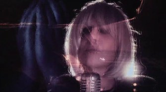 Pretenders - Crying In Public (Official Video)