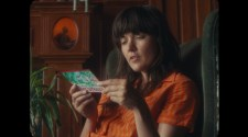 Courtney Barnett - Write A List Of Things To Look Forward To (Official Video)