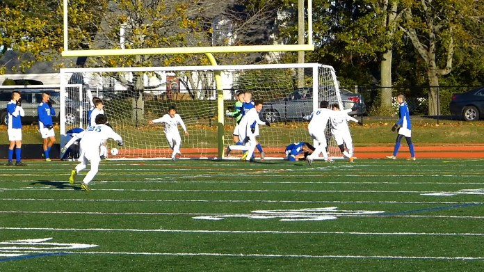 Litchfield falls to No. 1 Old Saybrook, 1-0