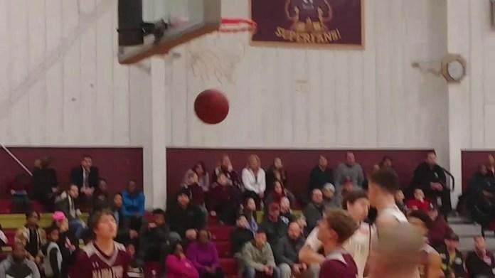 NVL boys basketball: Sacred Heart topples Naugatuck