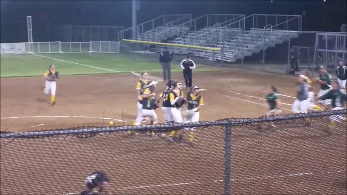 Holy Cross crushes Coventry to reach state final
