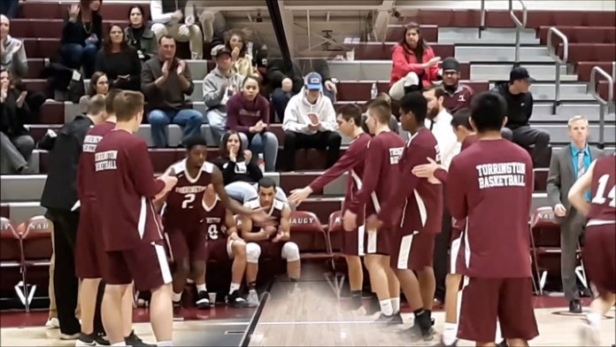 Naugatuck races past Torrington
