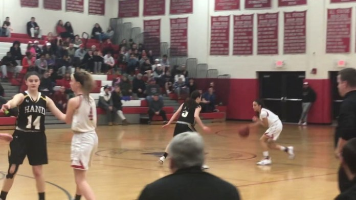 Pomperaug's Maggie Lee hits 1,000th point