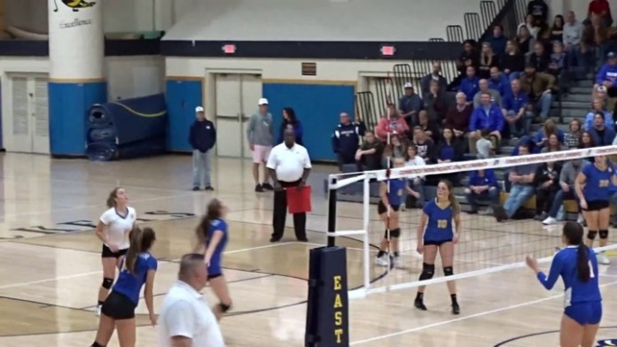 Seymour wins 2nd straight state volleyball title