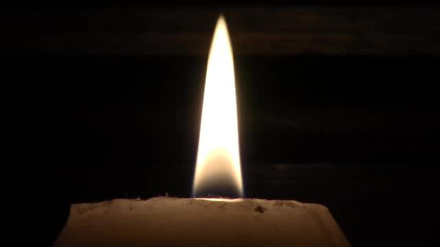 Flamme Unité en Jésus