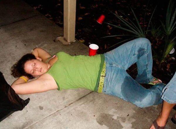 Фото приколы про пьяных девушек смотреть бесплатно