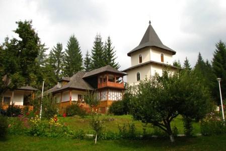 Manastirea Durau (judetul Neamt) – prezentare generala