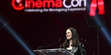 CinemaCon 2018: Venom, The Predator and other new trailers set for release, VidLyf.com