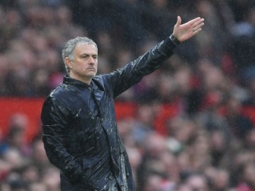 Jose Mourinho: Manchester United boss hints at two midfield summer signings, VidLyf.com