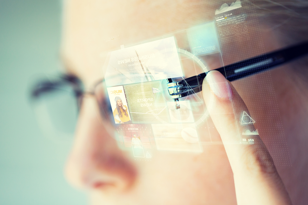 Are Smart Glasses Ready To Succeed In 2018?, VidLyf.com