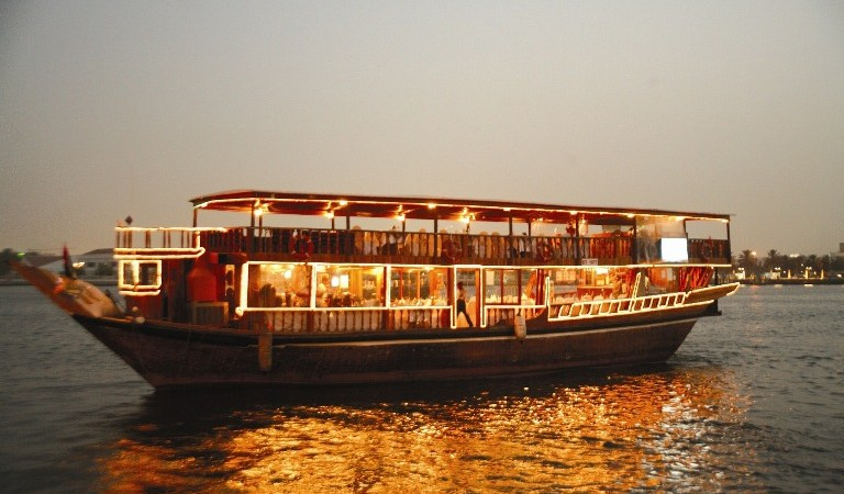 Experience Dhow Cruise Dinner in Dubai Marina