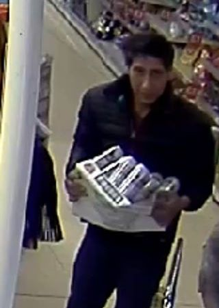 In Viral News Today: UK Police Hunts for David Schwimmer's Look Alike