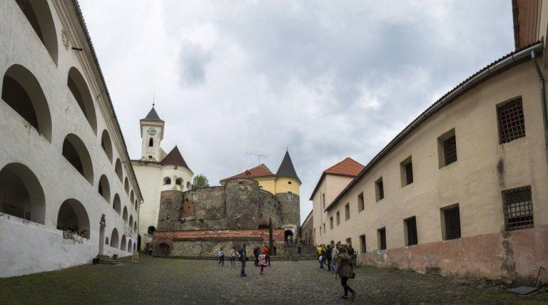 Замок Паланок. Автор фото: О.Хмельницкий