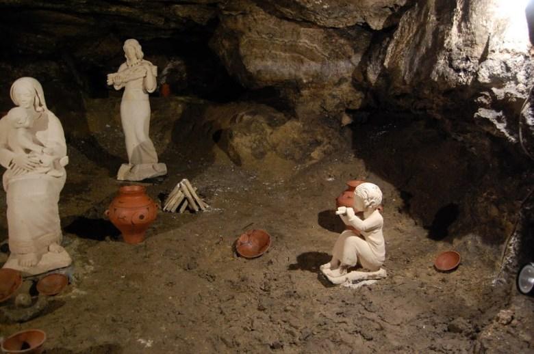 Унікальна печера-музей