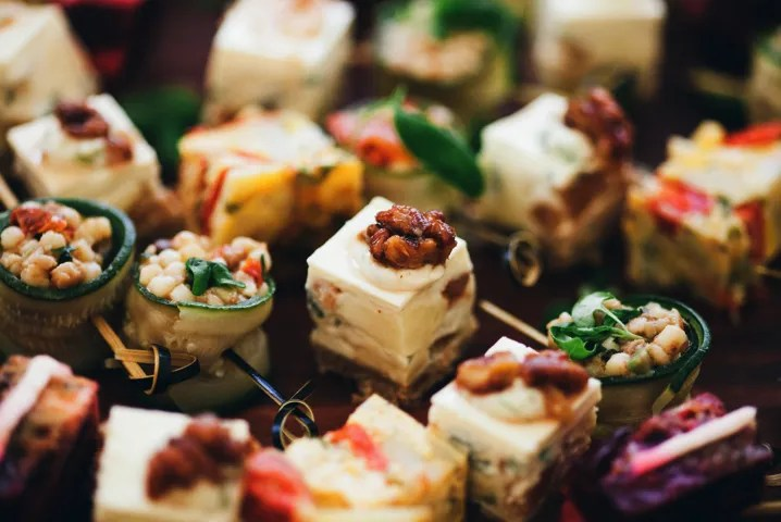Food Five tips to plan the perfect party