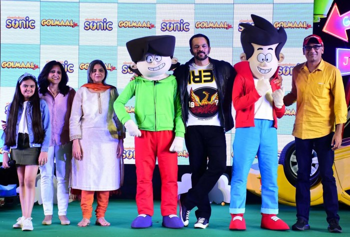 Golmaal Jr Launch team