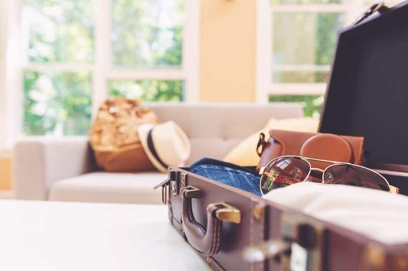 15 packing tips carryon