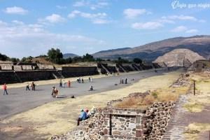 Las pirámides de Teotihuacán, cerca a la Ciudad de México