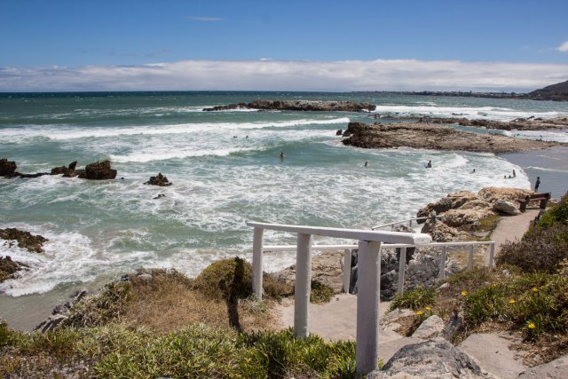 cliff-path-hermanus-natur