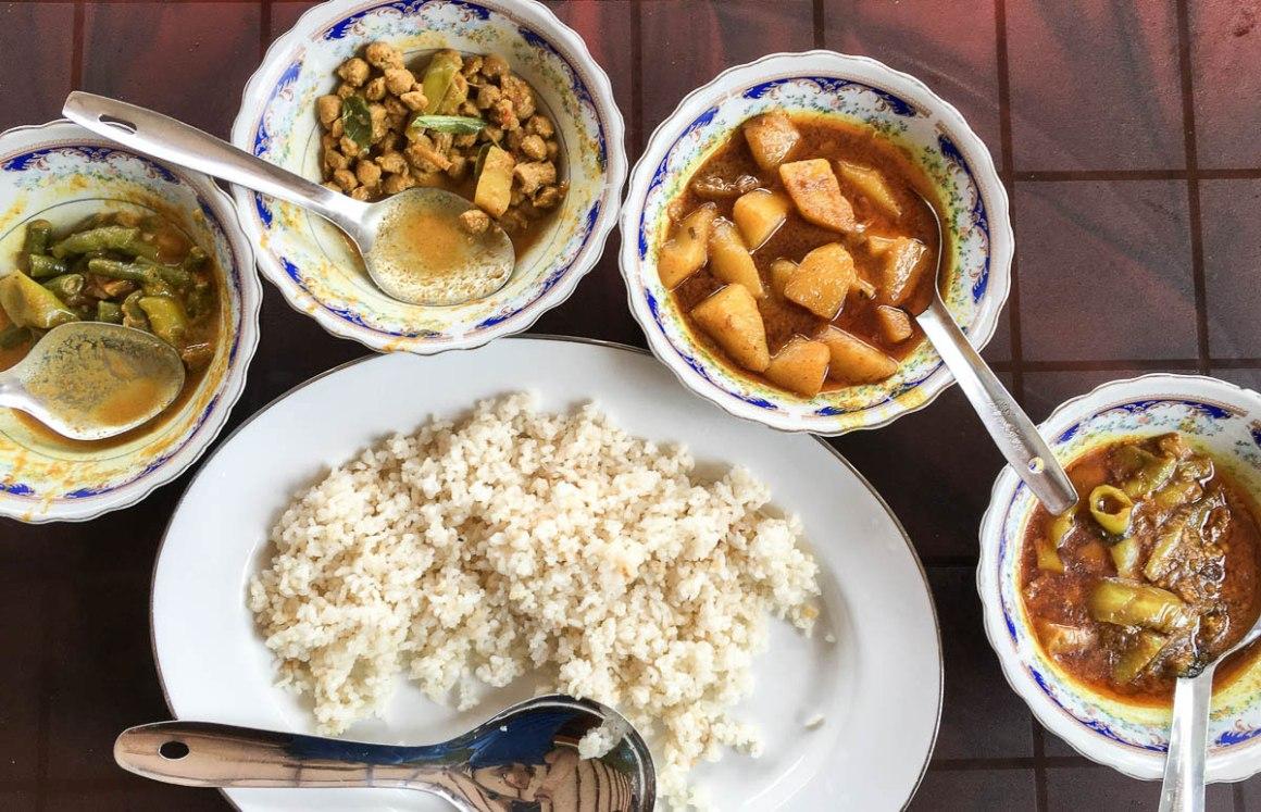 Reis mit Curry Sri Lanka