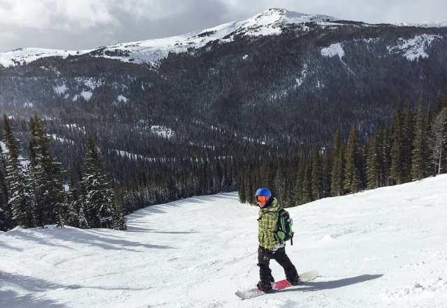skifahren-kanada-sunshine-village-banff-snowboarden-katrin-2