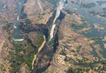 Victoria Falls Wasserfällte Simbabwe Sambia