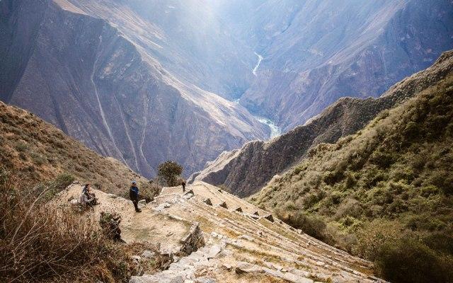 Steile Lama Terrassen Choquequirao
