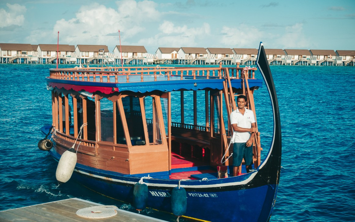 """Maldiven-vakantie-oblu-sangeli-excursie-boot """"width ="""" 1200 """"height ="""" 750 """"srcset ="""" https://viel-unterwegs.de/wp-content/uploads/2019/09/malediven-urlaub-oblu-sangeli -ausflugsboot.jpg 1200w, https://viel-unterwegs.de/wp-content/uploads/2019/09/malediven-urlaub-oblu-sangeli-ausflugsboot-500x313.jpg 500w, https://viel-unterwegs.de /wp-content/uploads/2019/09/malediven-urlaub-oblu-sangeli-ausflugsboot-768x480.jpg 768w, https://viel-unterwegs.de/wp-content/uploads/2019/09/malediven-urlaub- oblu-sangeli-excursion-boat-1024x640.jpg 1024w """"sizes ="""" (max-breedte: 1200px) 100vw, 1200px """"/></noscript data-recalc-dims="""