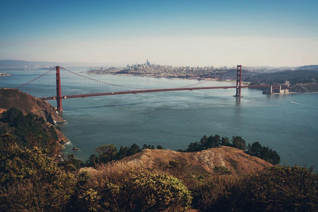 """De 9 mooiste uitzichtpunten op de Golden Gate Bridge 5 """"class ="""" lazy lazy-hidden wp-image-43391 """"srcset ="""" https://viel-unterwegs.de/wp-content/uploads/2020/03/golden-gate -bridge-headlands-lookout-1024x683.jpg 1024w, https://viel-unterwegs.de/wp-content/uploads/2020/03/golden-gate-bridge-headlands-lookout-500x333.jpg 500w, https: / /viel-unterwegs.de/wp-content/uploads/2020/03/golden-gate-bridge-headlands-lookout-768x512.jpg 768w, https://viel-unterwegs.de/wp-content/uploads/2020/ 03 / golden-gate-bridge-headlands-lookout.jpg 1200w """"data-lazy-sizes ="""" (max. Breedte: 1024px) 100vw, 1024px"""