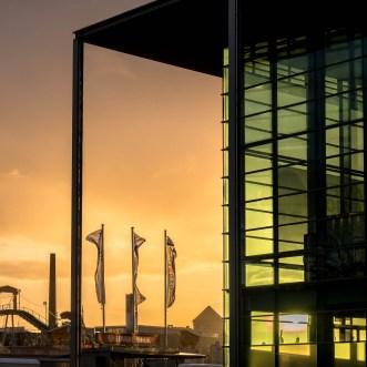 Stadthalle, Osterweise und Sonnenuntergang