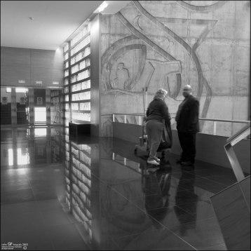 Centro de Historias - interior - mural de Santiago Arranz