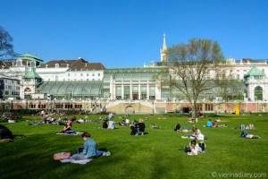 Vienna in spring: Burggarten