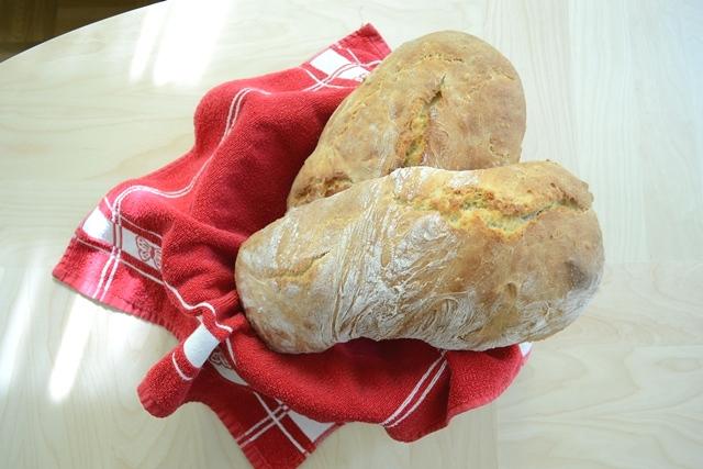 Schnelles Brot Rezept fürs Frühstück