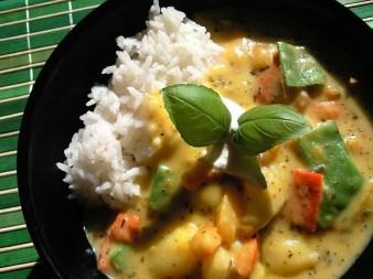 Kürbis-Kartoffel-Gemüse-Curry mit Reis - Rezept