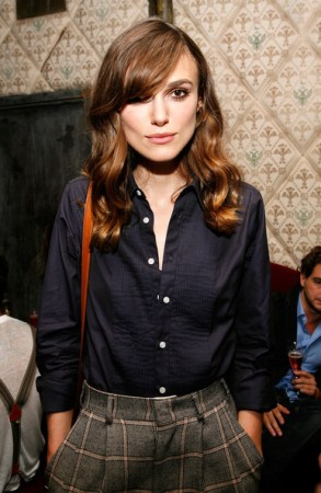 10 Keira+Knightley+Long+Hairstyles+Long+Side+Qu-s_eeMhJWl