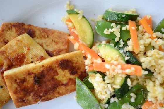 6 Bulgurgemüse mit Tofu