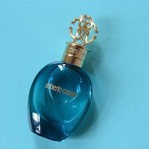 7 Douglas Box of Beauty Parfum roberto cavalli