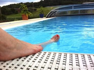 02 Swimmingpool Clinique Happy