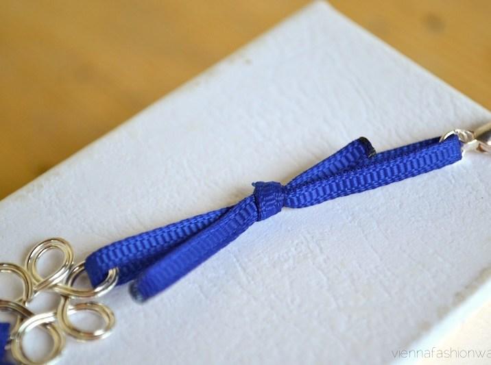 DIY Armband aus Stoffbändern