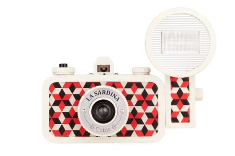 La Sardina Camera _ Flash Cubic € 99,00
