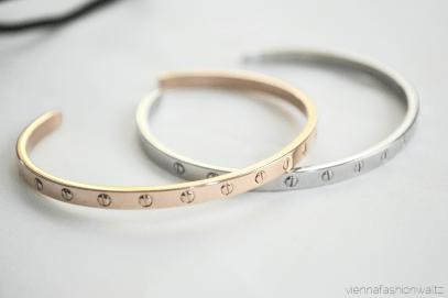 Edelstahl Armreif ab € 15,00 http://www.newone-shop.com/new-one-jewelry/edelstahl-armreif-nieten-schmal.html