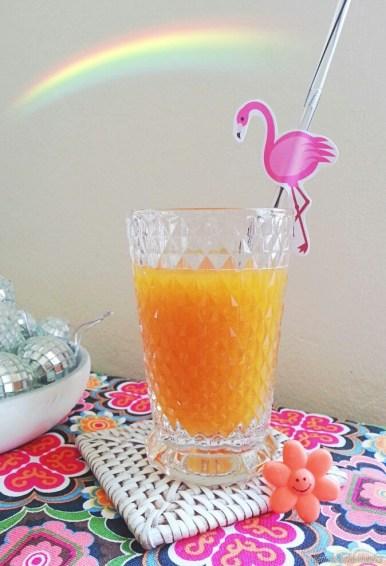 DIY Party Deko - Strohhalme mit Flamingos und Namensschildern!